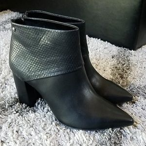 NWT Simply Vera Vera Wang High Heel Ankle Boots